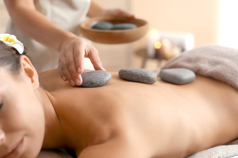 hotel-grosseto-con-spa-e-centro-benessere-Airone-Hotel-4-stelle-Stone-Massage
